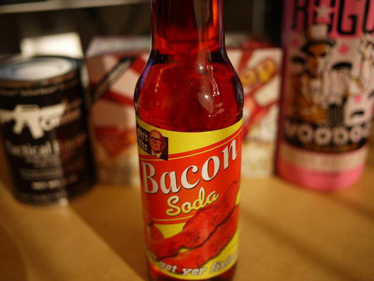Une bouteille de Bacon Soda